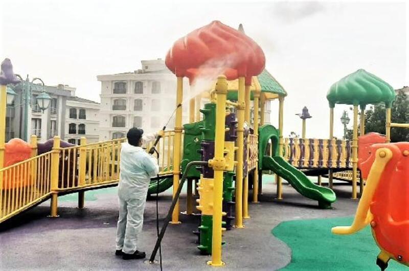 Süleymanpaş'da çocuk parkları dezenfekte edildi