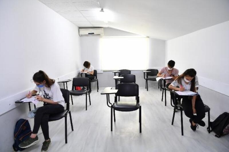 Konyaaltı Etüt Merkezi'nde sınav heyecanı