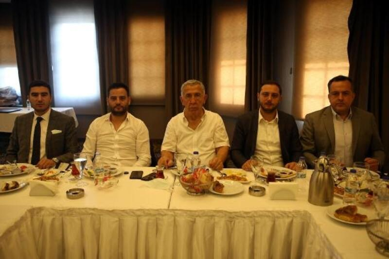 Türkiye Bisiklet Federasyonu Başkanı Erol Küçükbakırcı'dan, Dinçer'e ziyaret