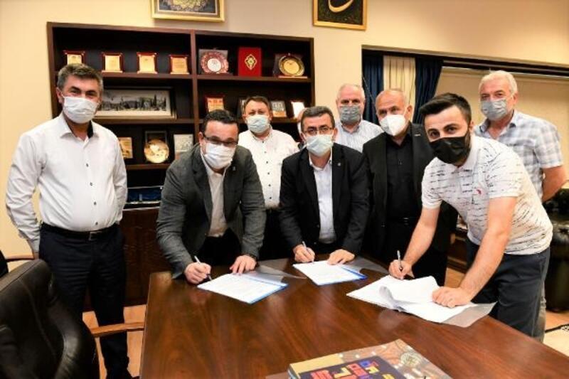 Mustafakemalpaşa Belediyesi toplu iş sözleşmesinde mutlu son