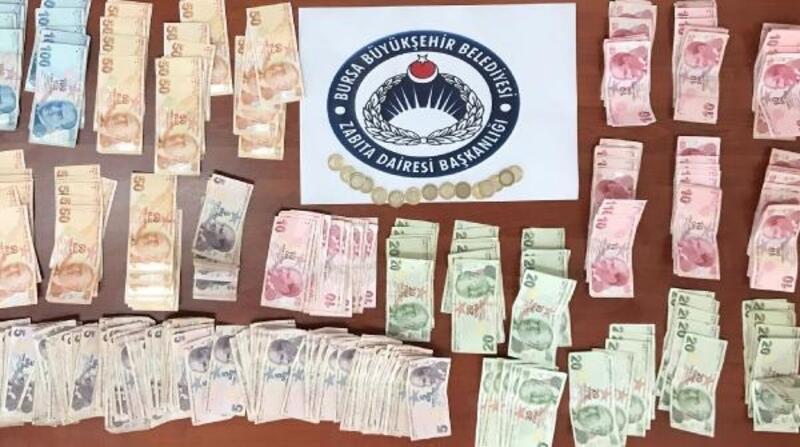 Bursa'da dilencilerin üzerinden 6 bin 690 lira çıktı