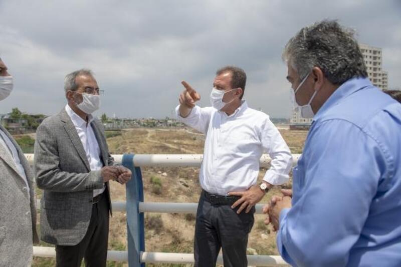 Başkan Seçer: Tarsus'un trafik ve otopark sorununu çözmeye yönelik değerlendirmeler yaptık