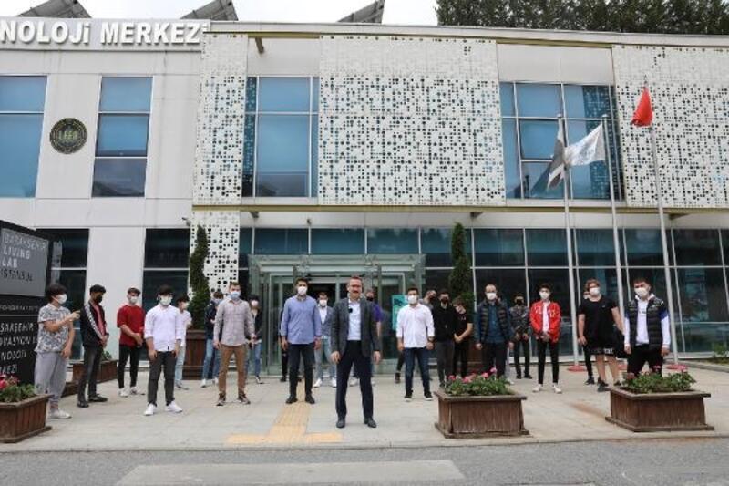 Başakşehir Living Lab, Türkiye'de ve 19 ülkede eğitimlerine devam ediyor