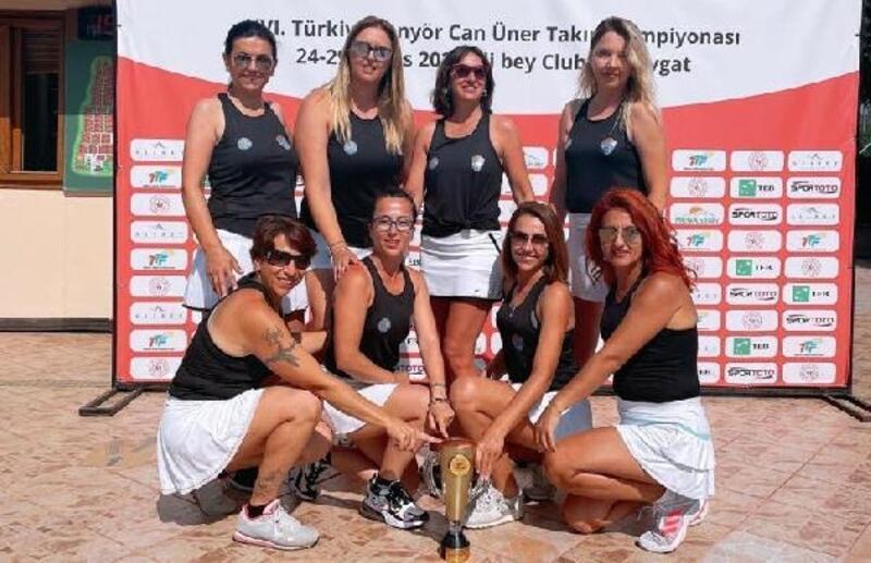 Mezitli'nin kadın tenisçilerinden başarı