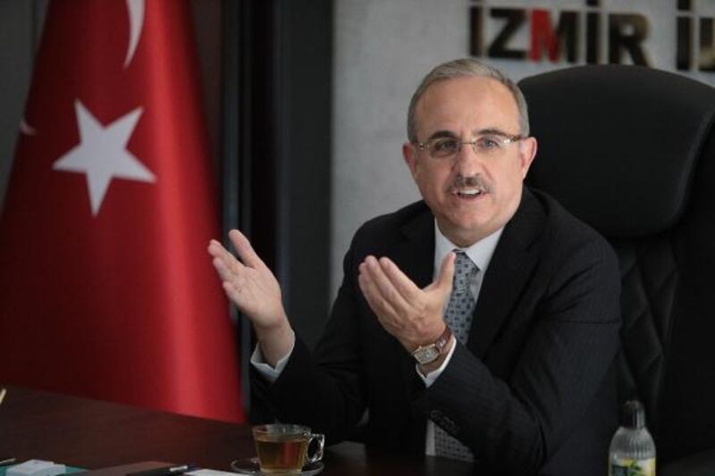 AK Partili Kerem Ali Sürekli'den İzmir şehir içi trafiği eleştirisi