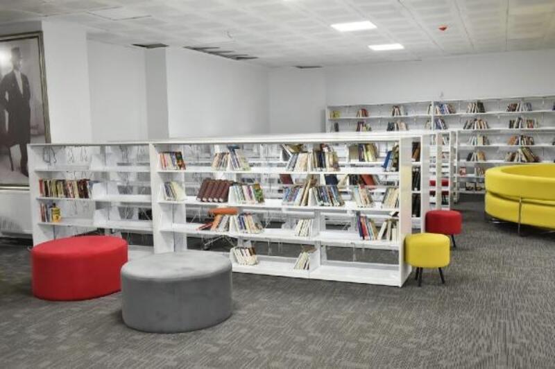 Oruç Aruoba'nın adı kütüphanede yaşatılacak
