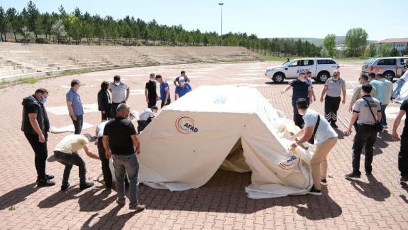 SCÜ personeline afet çadırı kurma eğitimi