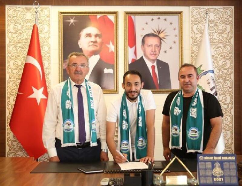 Serik Belediyespor kaptan Sinan ile anlaştı