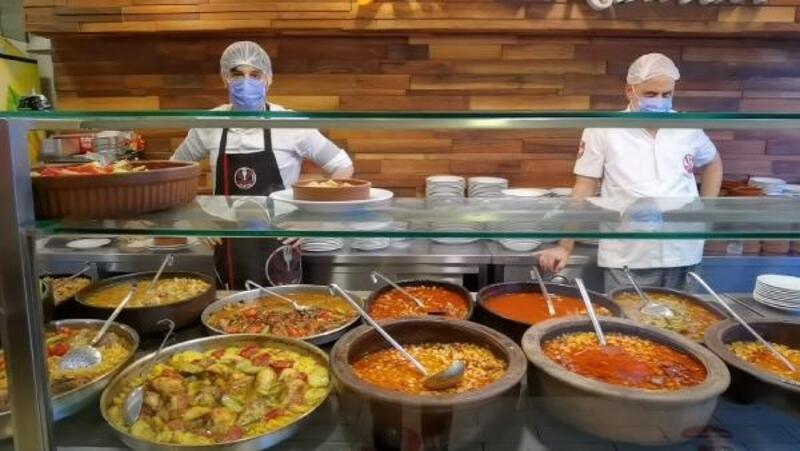 Bursa'da kafe ve restoranlar müşteri ağırlamaya başladı