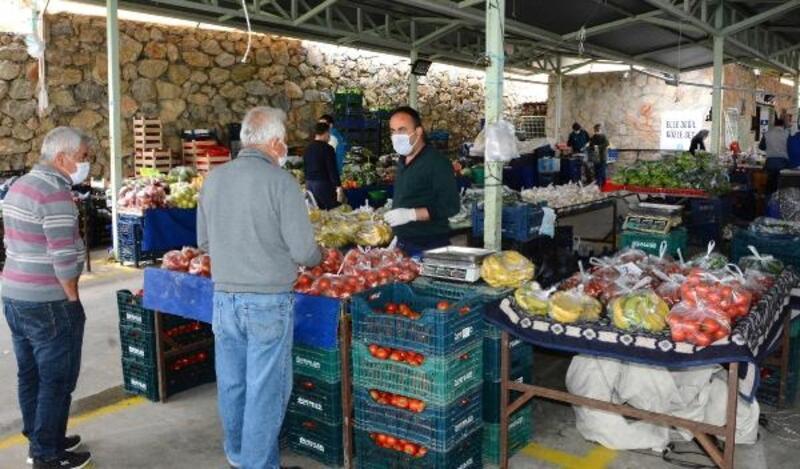 Datça'da 422 gün sonra pazar tezgahları normale dönüyor