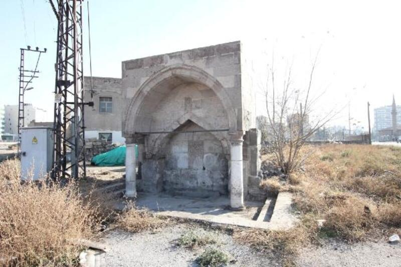 Melikgazi Belediyesinden tarihi çeşmelere koruma