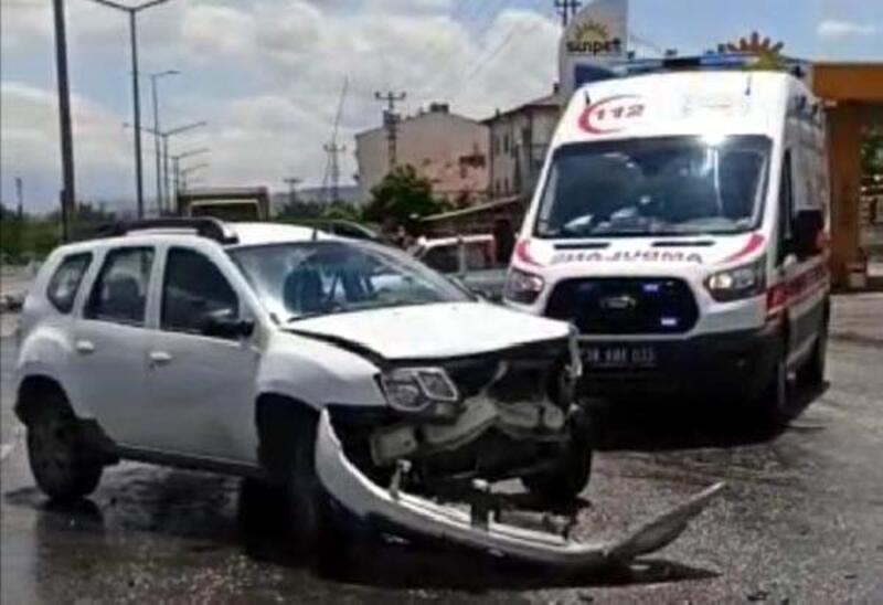 Kayseri'de TIR ile otomobil araç çarpıştı: 1 yaralı