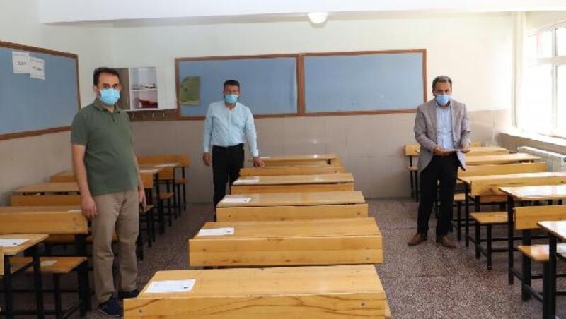 Niğde'deki okullarda LGS öncesinde koronavirüs hazırlığı