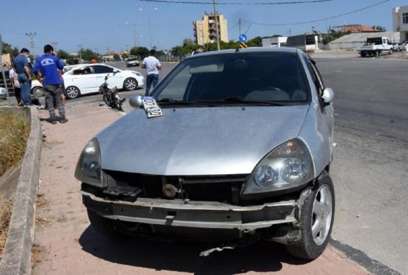 Demre'de 2 kazada 3 kişi yaralandı