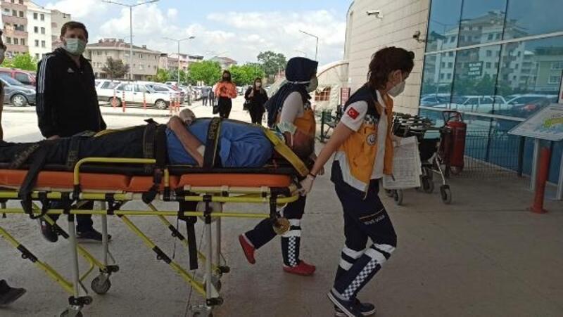 Asma ağacından düşerek yaralandı
