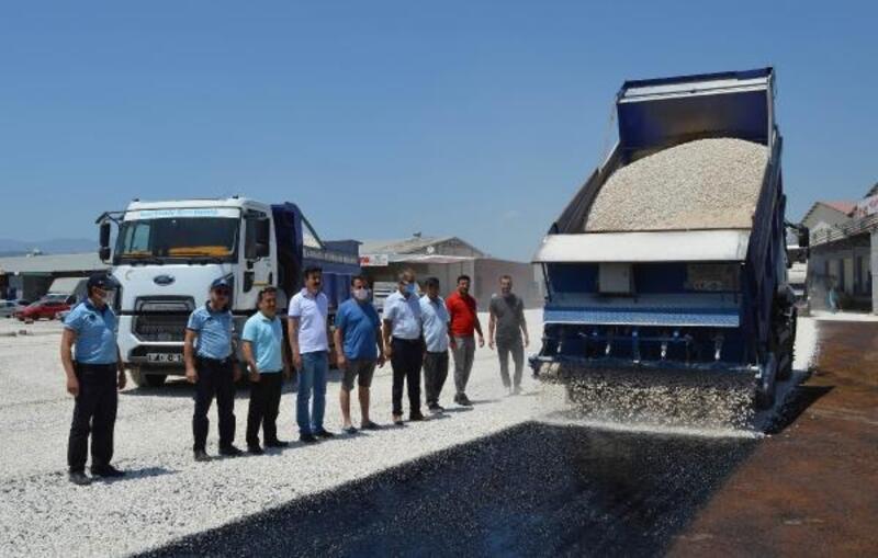 Kaş Kınık Toptancı Hali'ne sathi asfalt
