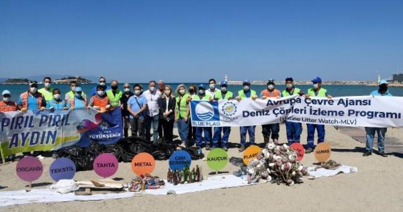 Kuşadası kıyılarında çevreci temizlik