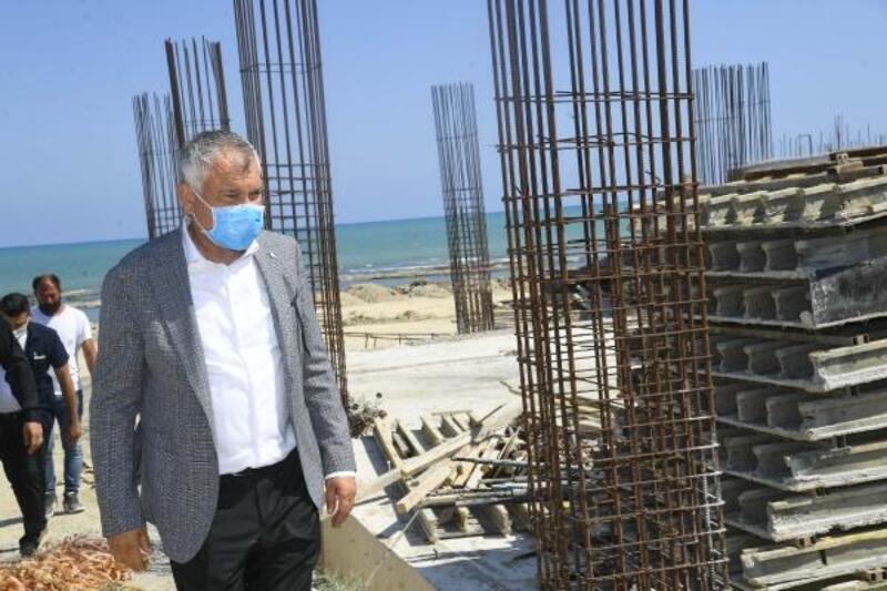 Başkan Karalar, Karataş'ta çalışmaları inceledi