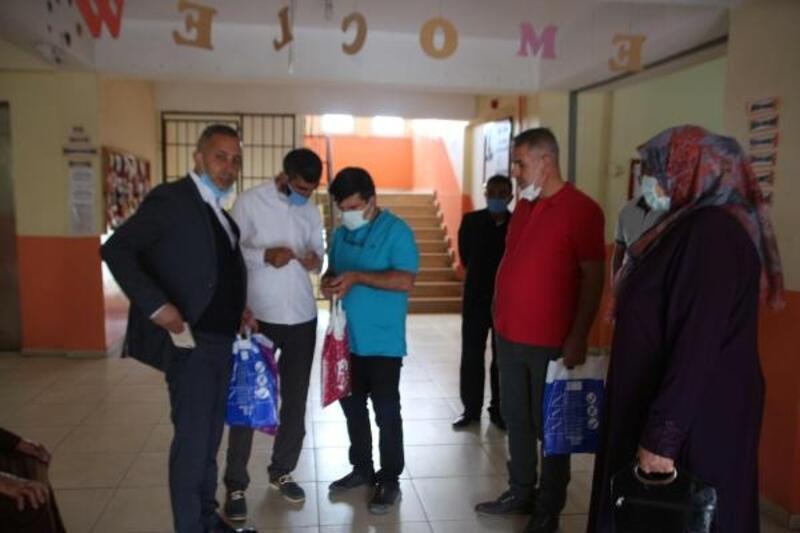 Varto'da sandıklar muhtar seçimi için kuruldu