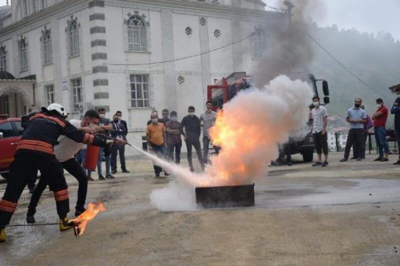 Trabzon'da 'gönüllü itfaiyecilik' eğitimi