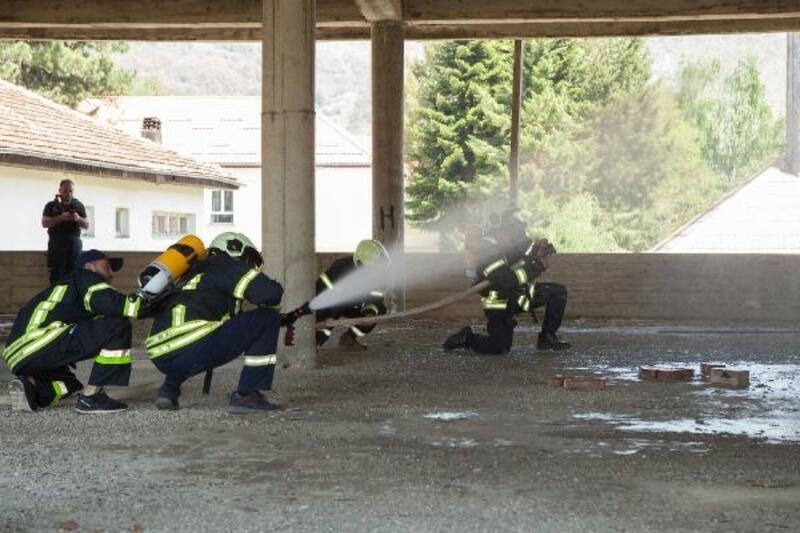 Konya Büyükşehir Belediye itfaiyesi, Karadağ belediyelerinde çalışan itfaiye erlerine eğitim verdi