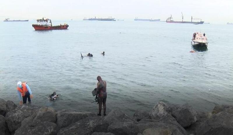 Zeytinburnu'nda kıyı ve deniz dibi temizliği yapıldı