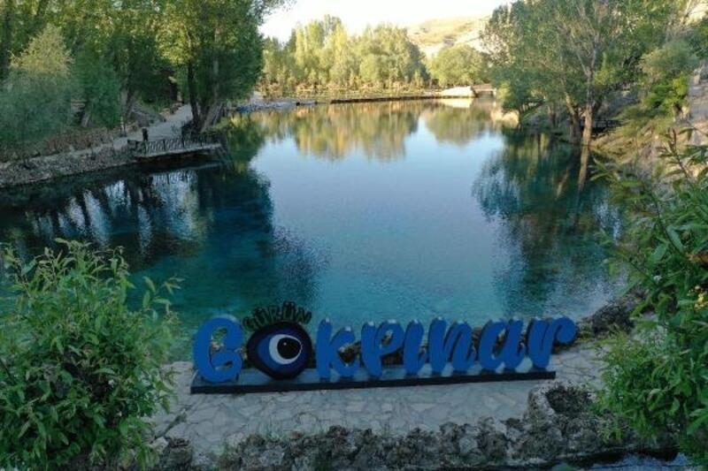 Doğal akvaryum Gökpınar Gölü'nün çevresi yenilendi
