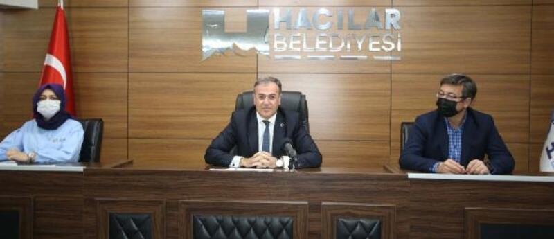 Hacılar Belediye meclisinde 3 gündem maddesi karara bağlandı