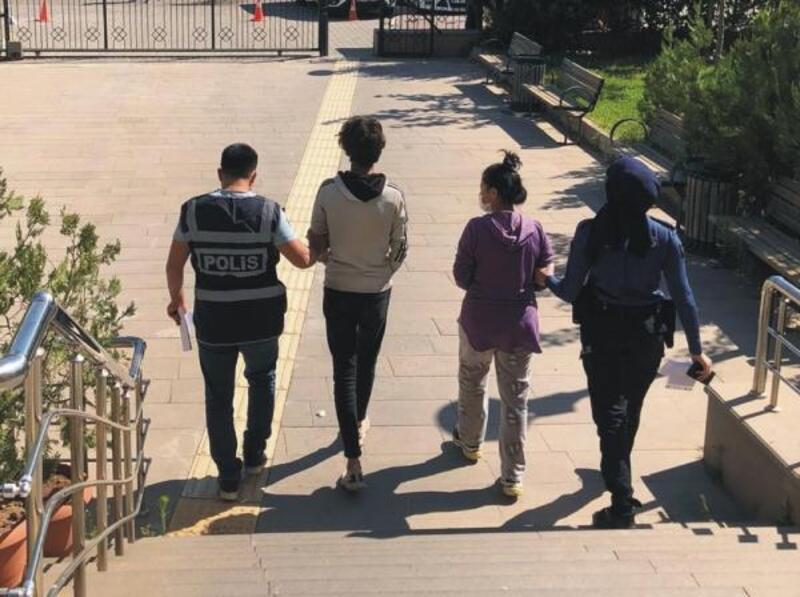 Kahta'da hırsızlık şüphelisi 2 kişi tutuklandı