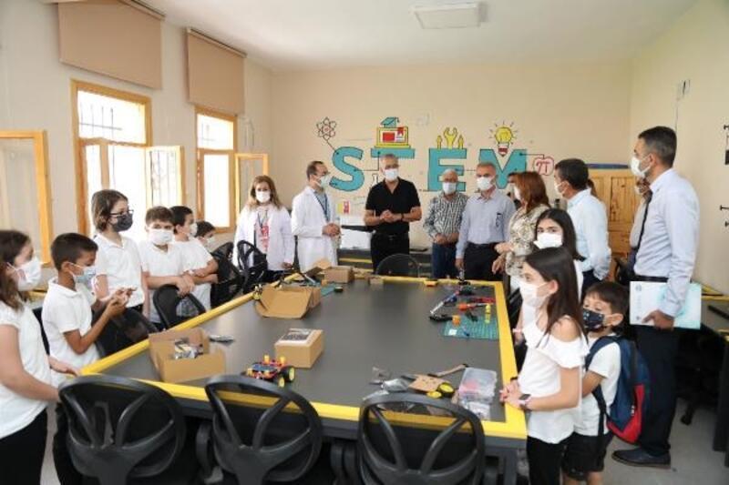 Mezitli'de Bilim Köyü, öğrencilere kapılarını açtı