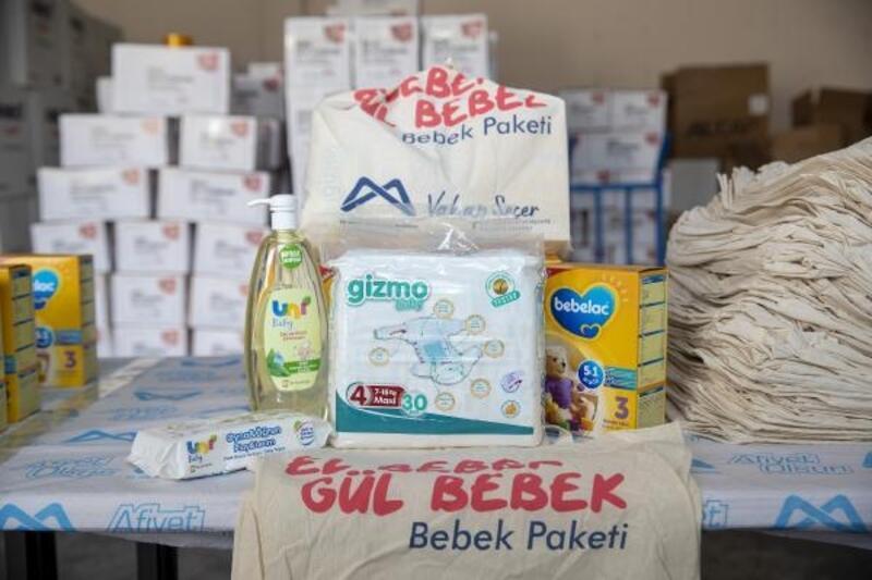 Büyükşehir'in el bebek gül bebek paketi ailelerin yüzünü güldürüyor