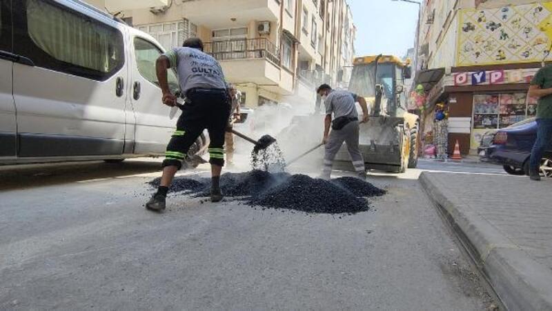 Akdeniz'de asfalt yama ve yol açma çalışmaları hız kazandı