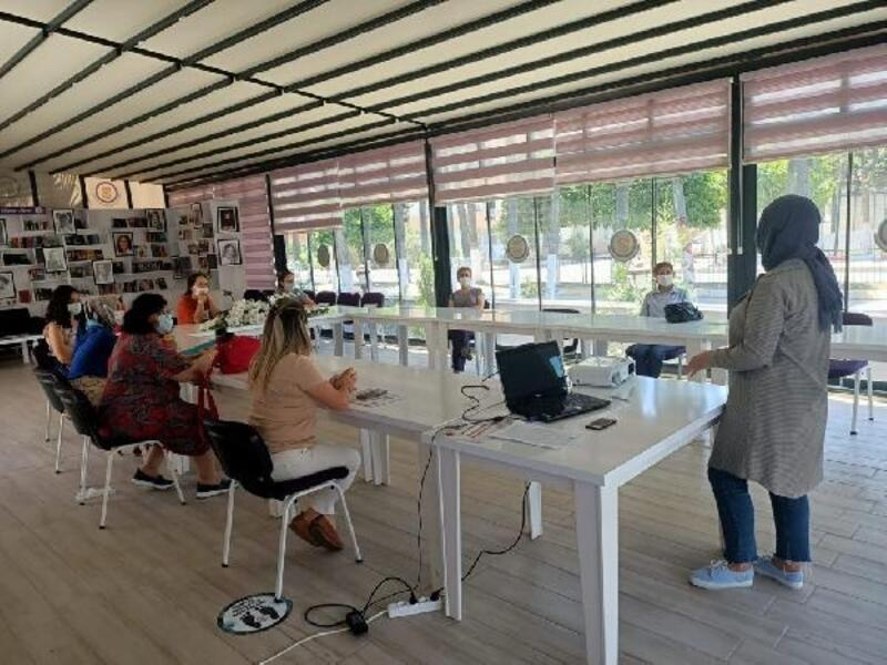 Tarsus'ta kadınlara yönelik atölye çalışmaları başladı
