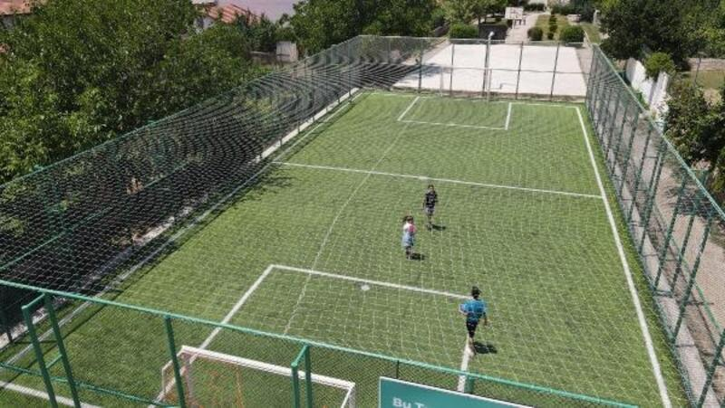 Tokat'ta semt futbol sahaları hizmete açıldı