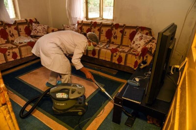 Turhal'da ücretsiz ev temizliği hizmeti devam ediyor