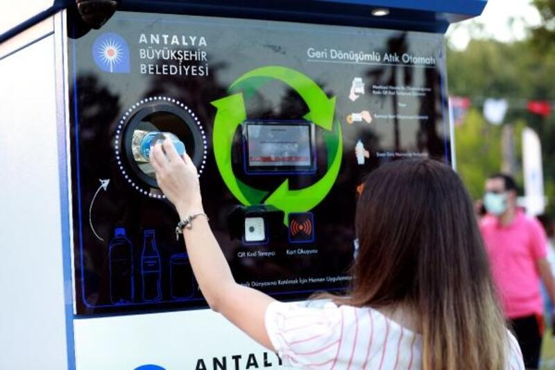 Büyükşehirden atıklara, 'otomat'lı çözüm