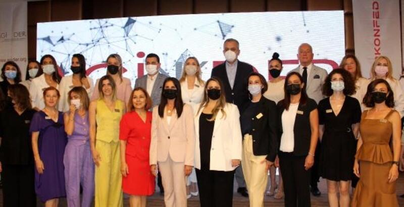 Pandeminin, iş dünyasındaki kadın ve erkeklere 3 olumsuz etkisi