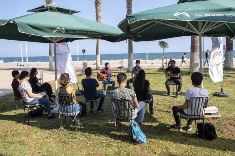 Mersin'de öğrenciler YKS öncesi moral buldu
