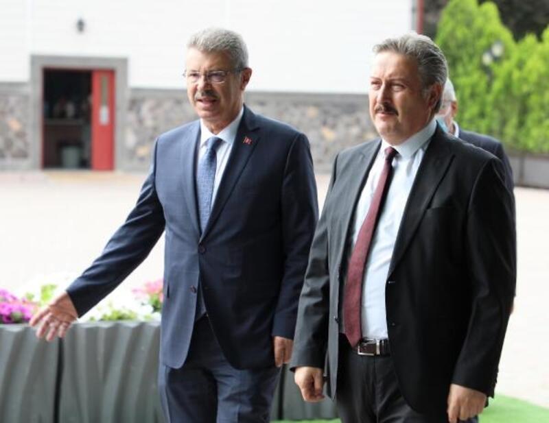 Başkan Palancıoğlu'ndan Pancar Ekicileri Kooperatifi Başkanı Akay'a ziyaret