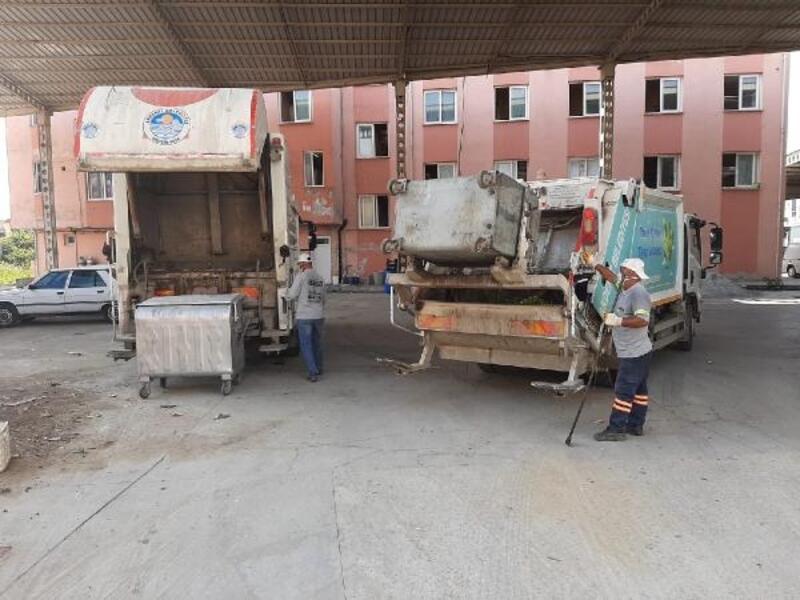 Akdeniz'de temizlik hizmeti aralıksız sürüyor