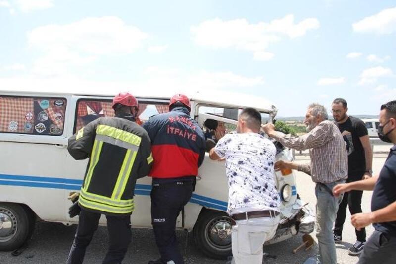 Kula'da zincirleme kaza: 4 yaralı
