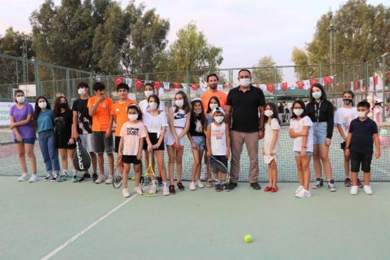 Toroslar Belediyesi'nin Yaz Spor Kursları yeteneklerini bekliyor