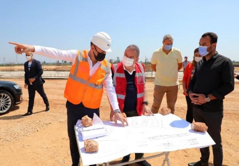 Başkan Böcek Manavgat Toptancı Hali Projesi'ni inceledi