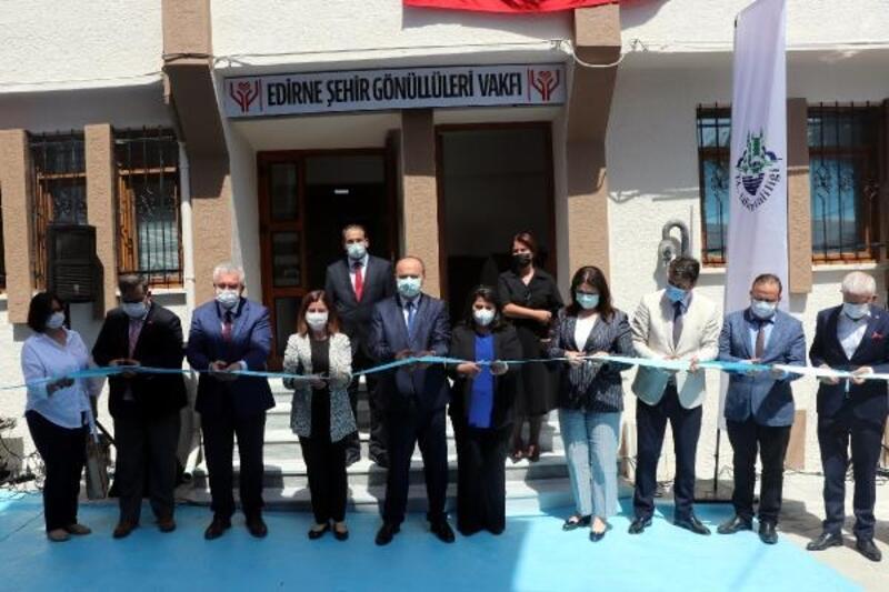 Edirne'de, 'Şehir Gönüllüleri Vakfı' açıldı