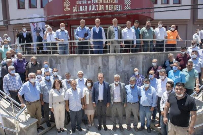 Başkan Seçer, Gülnar ve Silifke'de vatandaşlarla buluştu