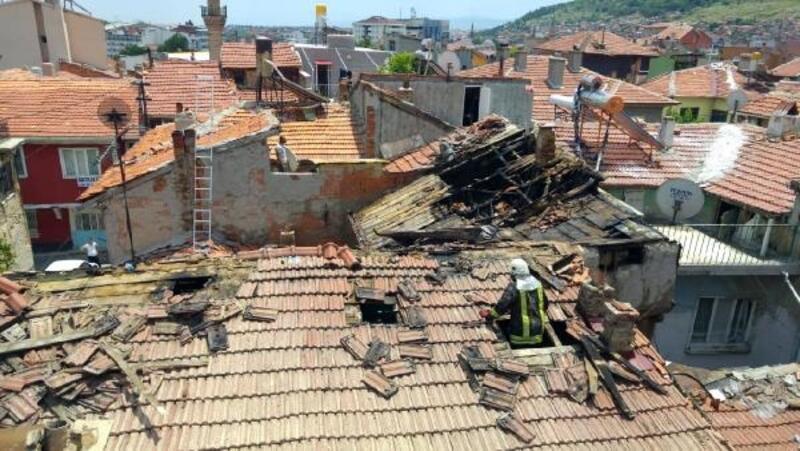 Afyonkarahisar'da ev yangını