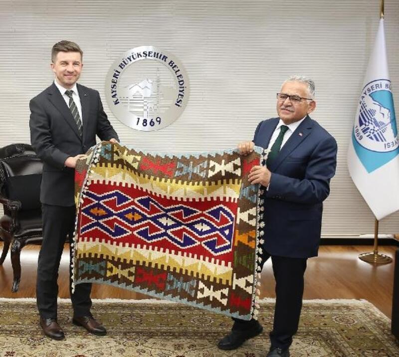 Bosna Hersek Ankara Büyükelçisi'nden Başkan Büyükkılıç'a ziyaret