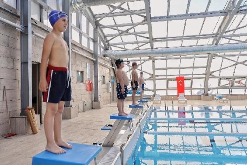 İnegöl'de yüzme kursu kayıtları başlıyor