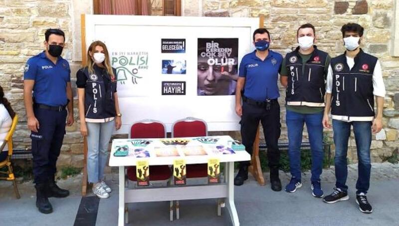 Çeşme'de, 'En iyi Narkotik Polisi: Anne' etkinlikleri