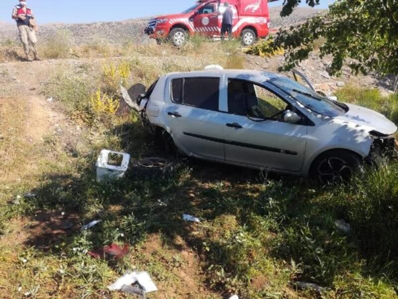 Malatya'da otomobildevrildi: 2 yaralı